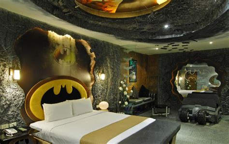 batman bedrooms passions and contemplations 8 awesome rooms