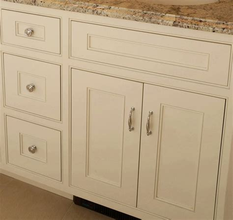 kitchen cabinets with inset doors best 25 inset cabinets ideas on pinterest cottage
