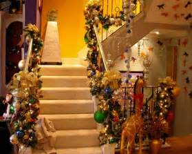 Xmas Decorated Homes by Easy Home Decor Ideas How To Decorate Staircase During