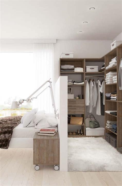 grande chambre avec dressing