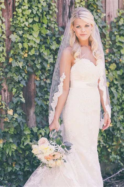 Wedding Hairstyles With Lace Veil by 20 Bridal Hairstyles Pictures Hairstyles 2016 2017