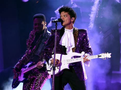 prince on the bruno mars prince tribute at grammy awards 2017 was