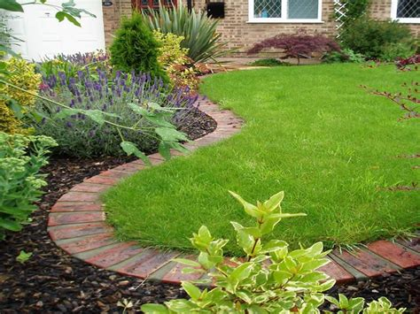 Flower Garden Edging Ideas Creating Flower Bed Border Ideas For Your Lawn Brick