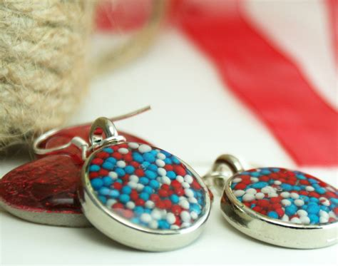 with resin patriotic resin jewelry diy saved by creations
