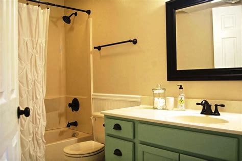 ideas bathroom bathroom small bathroom decorating ideas on tight budget