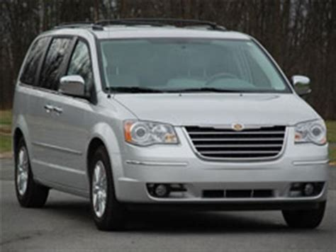 chrysler town and country canada made in canada 2010 chrysler town country autos ca