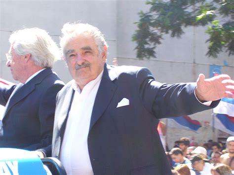 jos mujica wikipedia violenza negli stadi in uruguay mujica ferma il cionato