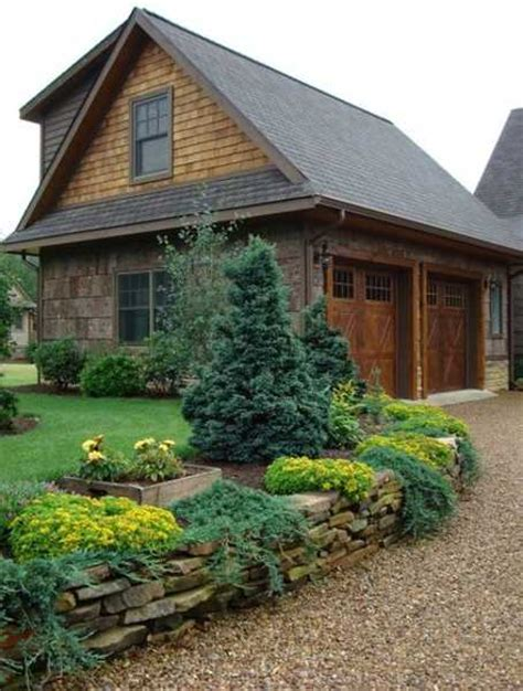 charming country home driveways driveway landscaping ideas