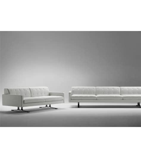 poltrona frau divani kennedee divano 2 posti poltrona frau milia shop