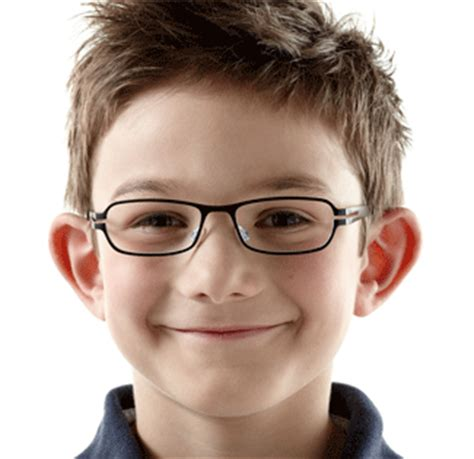 here's why oldest children are more likely to be nearsighted