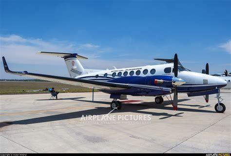 beechcraft king air 350 n350er beechcraft beechcraft 350 king air at santa