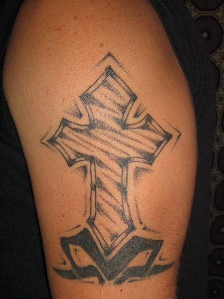 tattoo cross on shoulder lovely cross tattoo on shoulder