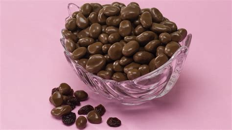 gourmet chocolate covered raisins confections for any chocolate covered raisins malleys chocolates