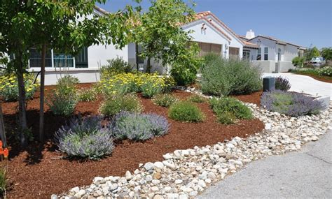 backyard landscaping ideas with rocks flagstone and rock landscaping ideas for front yard best