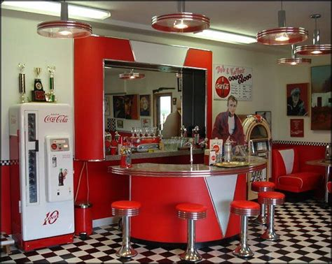 50s kitchen ideas 50s style diner kitchen 50s diner kitchens pinterest