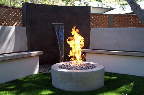 waterfeatures modern water feature seating area