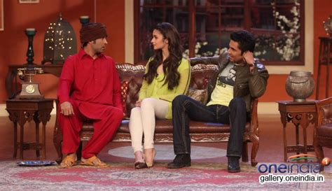 comedy nights with kapil on the sets the times of india photos highway promotion on the sets of comedy nights