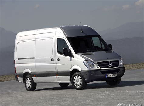 Mercedes Benz Sprinter receives a Louis Gadreau the day of