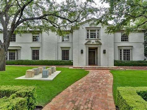 the late george michael s highland park mansion traded