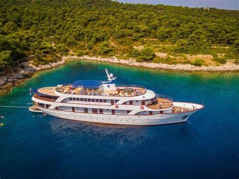small boat cruise croatia small ship cruising holidays in croatia travel guide