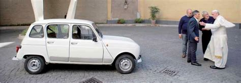 renault 4 pope la renault quattro di don zocca regalata al papa bergoglio