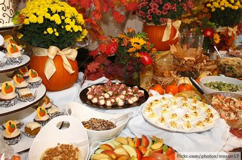 fall baby shower like the mums in the pumpkins with