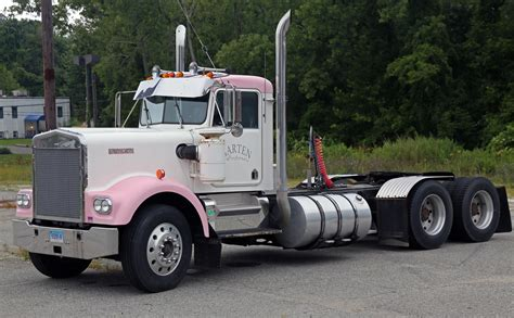 kenworth semi image gallery kenworth trucks w900
