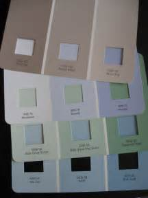 paint colors to make a small room look larger how to