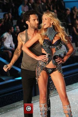 adam levine pictures | photo gallery page 8 | contactmusic.com