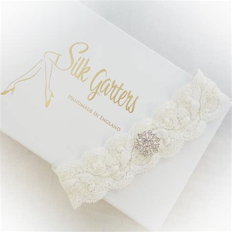 Loved By Brides! All The Most Popular Bridal Garter
