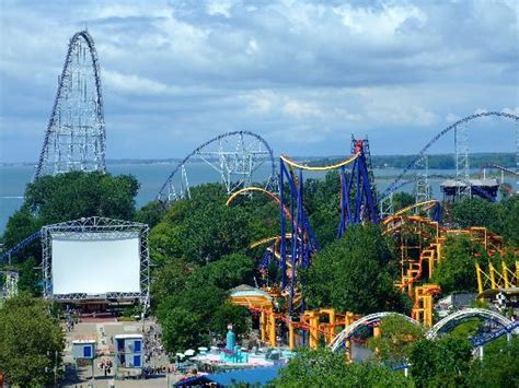 cedar point images 10 amusement parks with vip perks huffpost