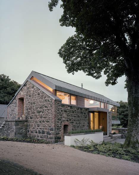 scheune mc mcgarry moon inserts steel framed living space into