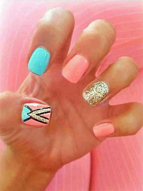 coral pattern nails love these coral and blue spring nails beauty trusper