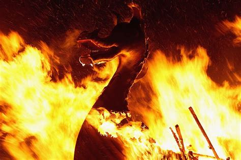 viking longboat on fire uk fire festivals pictures of fire festivals around the