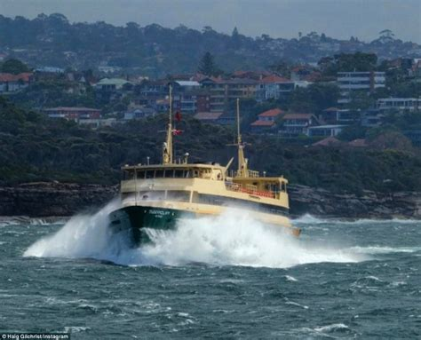 ferry queenscliff images show monster waves crashing into manly ferry