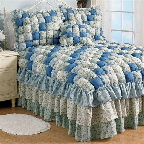Puff Quilt Comforter by 17 Best Images About Puff Quilt On Puff Quilt