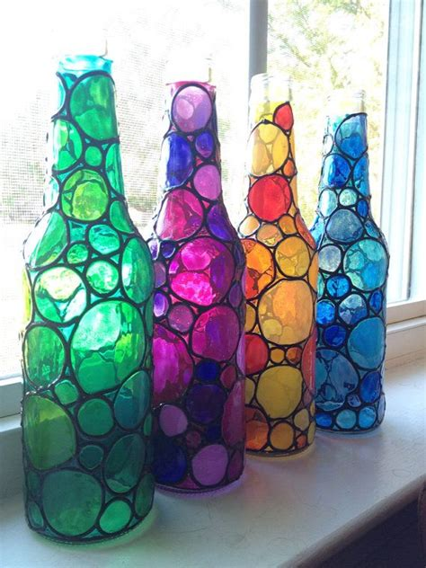 Glasflaschen Lackieren by Four Stained Bubbly Glass Bottles Painted Pinterest