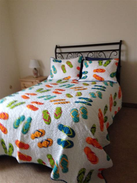 flip flop bedding my flip flop quilt quilts and sewing projects pinterest