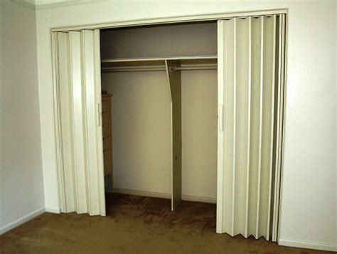 Alternatives To Bifold Closet Doors Closet Door Alternatives Diy Home Design Ideas