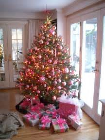 The pink ornaments a breakfast serial
