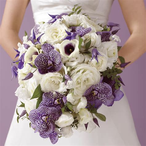 Bridal Bokay Flowers by Cool Weather Wedding Flowers Martha Stewart Weddings