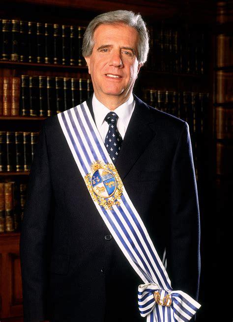 biografia de csar lozano biografia dr cesar lozano newhairstylesformen2014 com