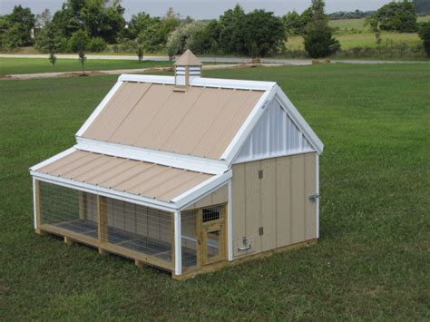 Building Small Barns Sheds Shelters Smaller Chicken Coops