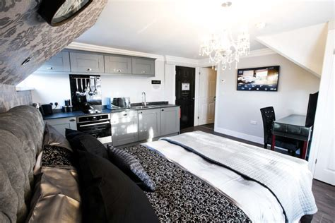 norwich cathedral luxury apartment explore experience