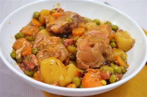 cuisiner sauté de porc saut 233 de porc en rago 251 t une recette de mijot 233