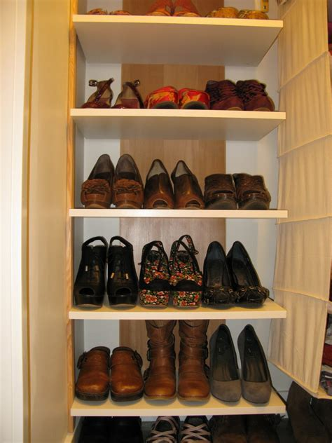 Simple DIY Shoe Display Rack Storage For Small And Narrow