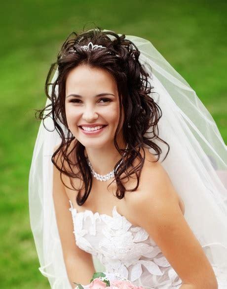 Brautfrisuren Schulterlanges Haar by Brautfrisuren Schulterlanges Haar Mit Schleier
