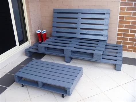 pallet bench diy 24 diy plans to build a bench from pallets guide patterns