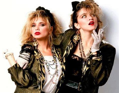 imagenes mujeres rockeras de los 80 c 243 mo hacer un disfraz de los a 241 os 80 10 pasos uncomo