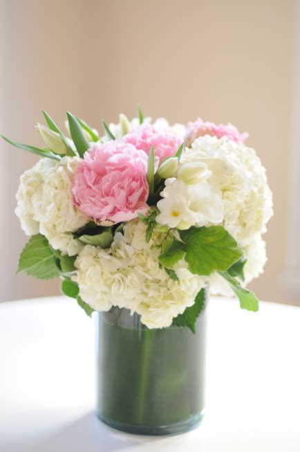 diy flower arrangements do it yourself weddings diy wedding centerpieces